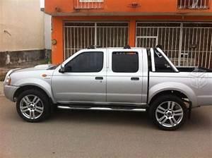 Empresa Pone En Venta 8 Camionetas Pick Up Nissan Frontier