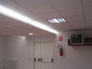 Abbassamento soffitto moderno : Controsoffitto pub