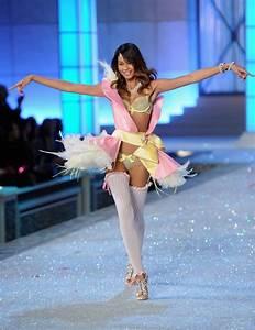 Chanel Iman Photos Photos - 2011 Victoria's Secret Fashion ...