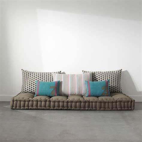 canapé matelas tapissier lit mezzanine avec plan de travail étagères plus d