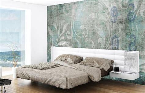 Tapete Im Schlafzimmer Mit Floralem Muster  Aqua Und Grau