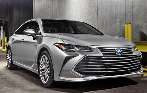Burlappcar 2019 Toyota Avalon