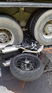 Accident Moto Haute Savoie : haute savoie abondance collision moto contre camion syndicat sud solidaires route ~ Maxctalentgroup.com Avis de Voitures