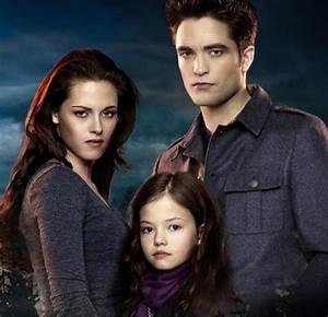 Twilight's Renesmee, aka Mackenzie Foy, is now 15   Daily Star