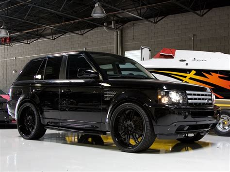 Out Range Rover by Range Rover Breden