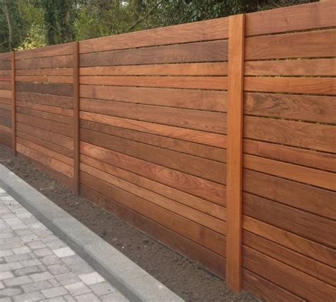 diy horizontal fence best 25 horizontal fence ideas on fencing