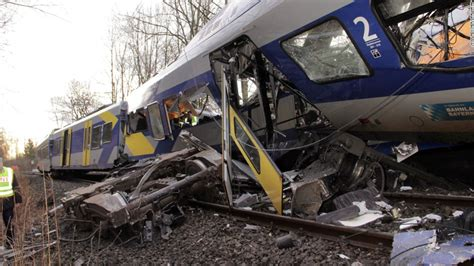 Train Dispatcher Accused Of Playing Game Before Crash