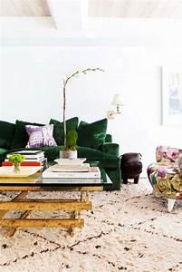 mettez un canape vert et personnalisez l39interieur With tapis berbere avec canapé d angle petite largeur
