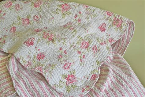 shabby chic coverlet pink floral queen quilt vintage coverlet shabby chic queen