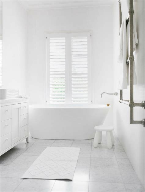 Bathroom Tiles White by White Bathrooms Can Be Interesting Fresh Design Ideas