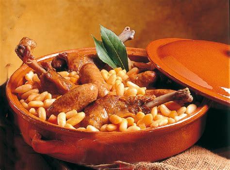 cuisiner un cassoulet cassoulet au confit de canard recettes cookeo