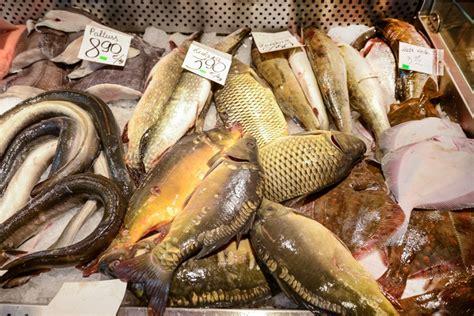 Centrāltirgus zivju paviljons - lielākais zivju tirgus ...