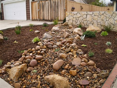 gravel designs gravel mulch landscaping two mulch landscaping types drought tolerant garden ideas