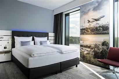 Plaza Hotel Hamburg Airport Tribute Portfolio Designer