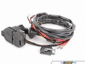 Bmw Wiring Kit : 82712349500 genuine bmw tow hitch wiring kit f15 f16 ~ A.2002-acura-tl-radio.info Haus und Dekorationen