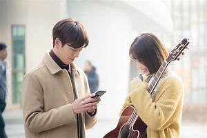 Lee Hyun Woo dan Joy Red Velvet Janjikan Chemistry ...