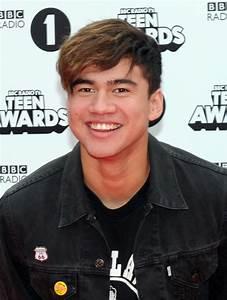 Calum Hood Picture 19 - BBC Radio 1 Teen Awards 2015 ...