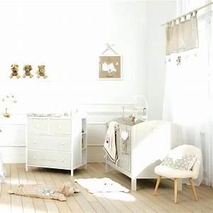 chambre de bebe mixte famille et bebe With déco chambre bébé pas cher avec le champ des fleurs tapis