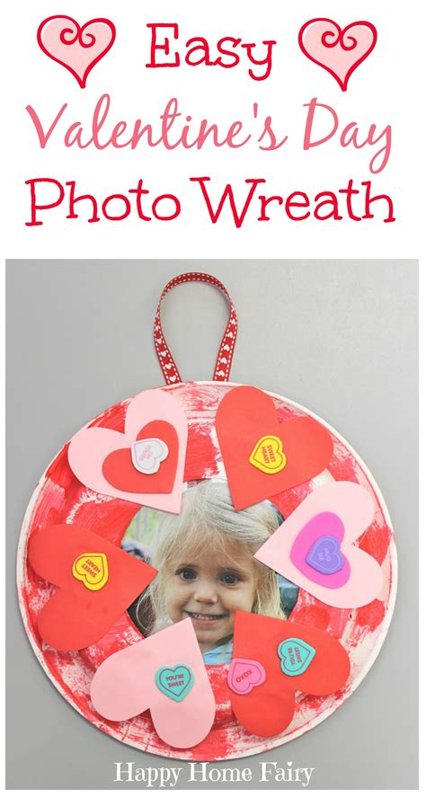 easy s day craft happy home 902 | Easy Valentines Day Photo Wreath great craft for preschoolers