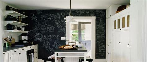 comment accrocher un meuble de cuisine au mur peinture tableau noir les 5 é pour la réussir
