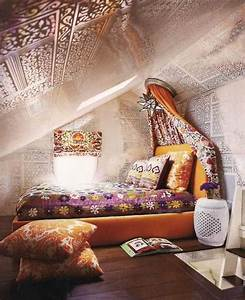 25 Pictures of Colorful & Bohemian Bedroom Interior Design