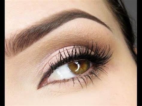 Вечерний макияж для карих глаз в домашних условиях пошаговое фото 2017