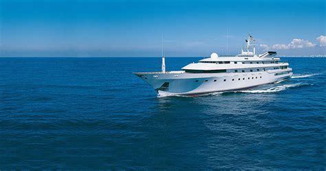 trump yacht princess nabila donald billion serial owners marketing human boat sultan yachts cabinet behind story khashoggi james did