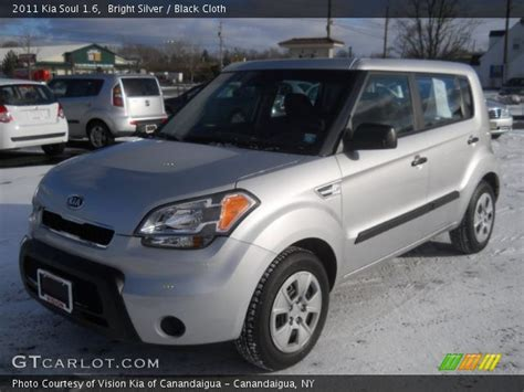 Silver Kia Soul by Bright Silver 2011 Kia Soul 1 6 Black Cloth Interior