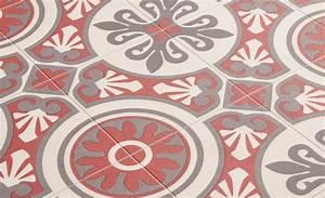 Tapis Carreaux De Ciment Saint Maclou : sol vinyle emotion carreau ciment rouge et gris rouleau 4 m sol vinyle saint maclou et vinyles ~ Nature-et-papiers.com Idées de Décoration