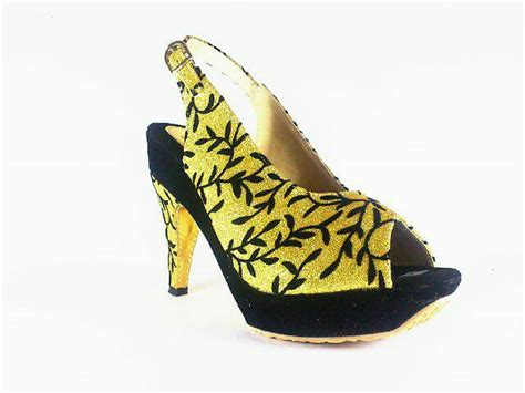 Sepatu Heels Combi Glitter jual sepatu fashion wanita high heels gold motif keren