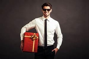 Cadeau Original Saint Valentin Homme : saint valentin 2017 10 cadeaux offrir un homme id es cadeaux ~ Preciouscoupons.com Idées de Décoration