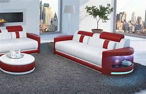 Roller Wohnzimmer Couch : couch mit beleuchtung fabulous roller ecksofa eckcouch mit funktionen with couch mit ~ Indierocktalk.com Haus und Dekorationen