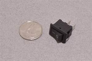 Small On  Off Rocker Switch - 3a  250vac
