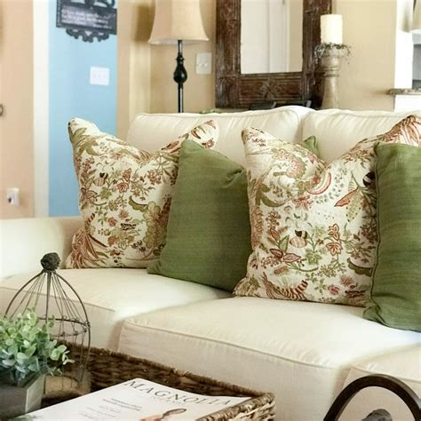 Farmhouse Sofa by 5 Farmhouse Style Sofas That Don T Cost A Bundle County