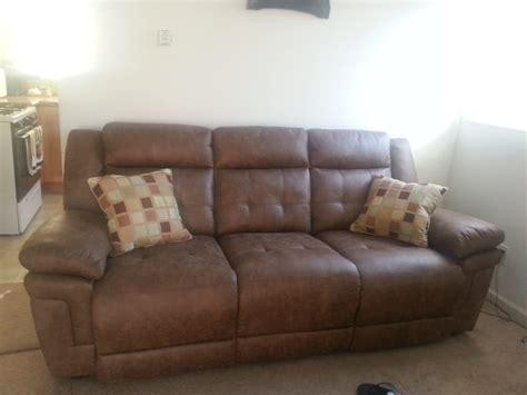 jeromes furniture    reviews furniture