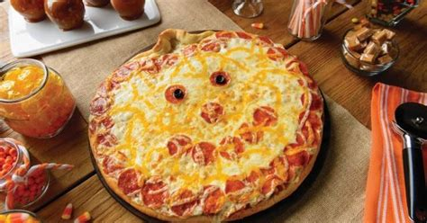 papa murphys jack  lantern pizza