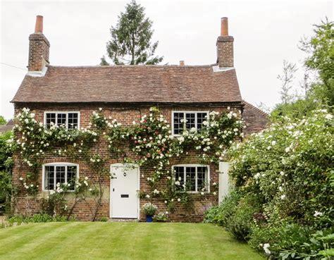 Cottage Inglesi Cottage Garden I Segreti Per Un Perfetto Giardino In