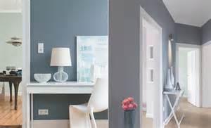 hellblau wandfarbe wandfarbe blau kolorat
