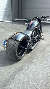 Harley V Rod : 25 best ideas about harley davidson v rod on pinterest harley davidson motor harley v rod ~ Maxctalentgroup.com Avis de Voitures