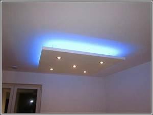 Abgehängte Decke Mit Led : indirekte beleuchtung led decke beleuchthung house und dekor galerie pgz1lbb4lr ~ Indierocktalk.com Haus und Dekorationen