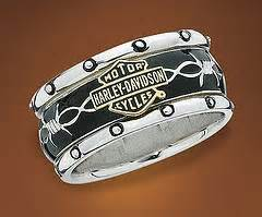 biker wedding rings harley davidson engagement rings pay attention motorcycle enthusiasts