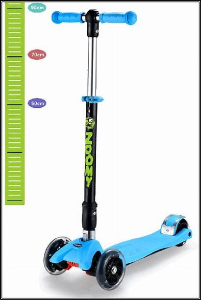 Maxi Scooter Wheels Folding Flashing Adjustable Height