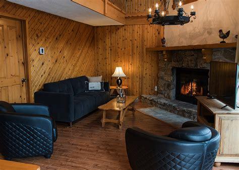 chalet 4 chambres chalet à louer 2 chambres deluxe laurentides chalets