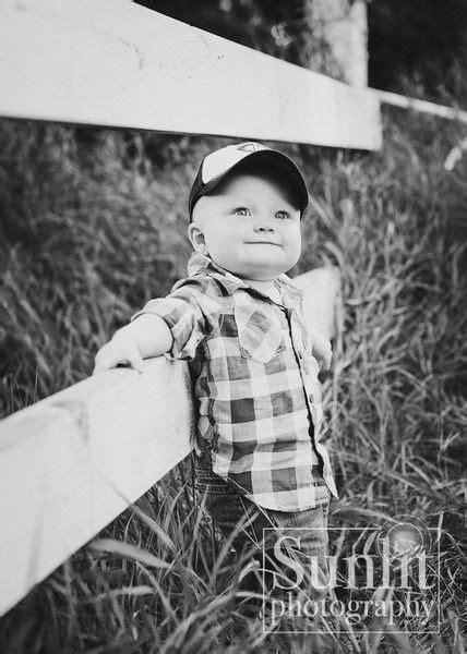 dont  post baby pics  photography studio pics