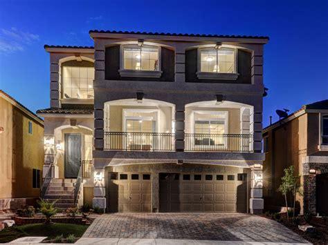 Stunning Luxury Home Pool&spa 5bd-2masters...