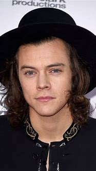 The Beauty Evolution of Harry Styles, From Baby Face to ...