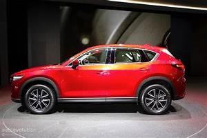 Mazda Cx 8 : 2018 mazda cx 8 teased in full it s more cx 9 than cx 5 autoevolution ~ Medecine-chirurgie-esthetiques.com Avis de Voitures
