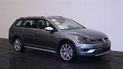 New 2018 Volkswagen Golf Alltrack Sel Station Wagon In
