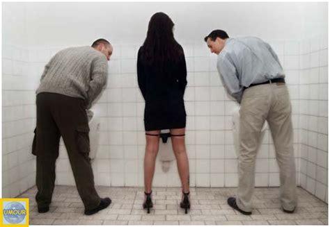 dans les toilettes des femmes les toilettes publics logo des toilittes pour 3 232 me personnage