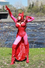 Scarlet Witch Cosplay